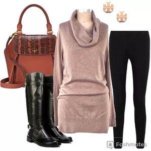 Gorgeous LOFT tunic cowl neck sweater
